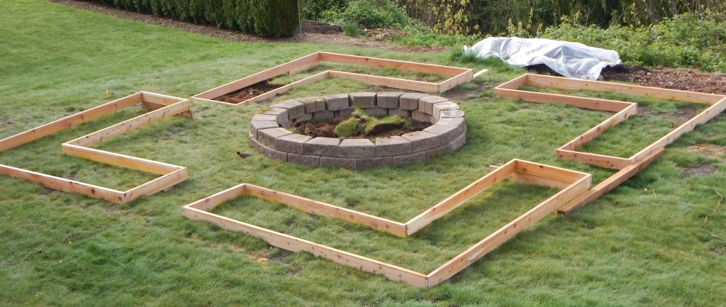 Garden 2015 - Building & Leveling the frames